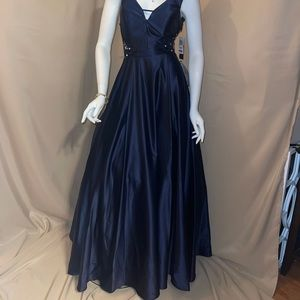 NWT Mavy Blue ball gown with side cutouts